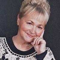 AKC Judge Brenda Segelken